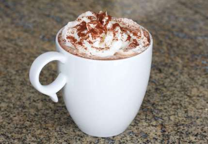 homemade-hot-chocolate-15-56a8bdfe5f9b58b7d0f4bbe2